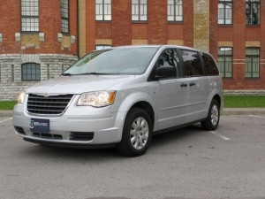 Autorent_Chrysler_Grand_Voyager_Town_Country__1